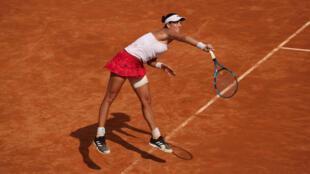 La española Garbine Muguruza durante su partido de semifinales del Abierto de Italia Femenino en el Foro Itálico en Roma el 20 de septiembre de 2020