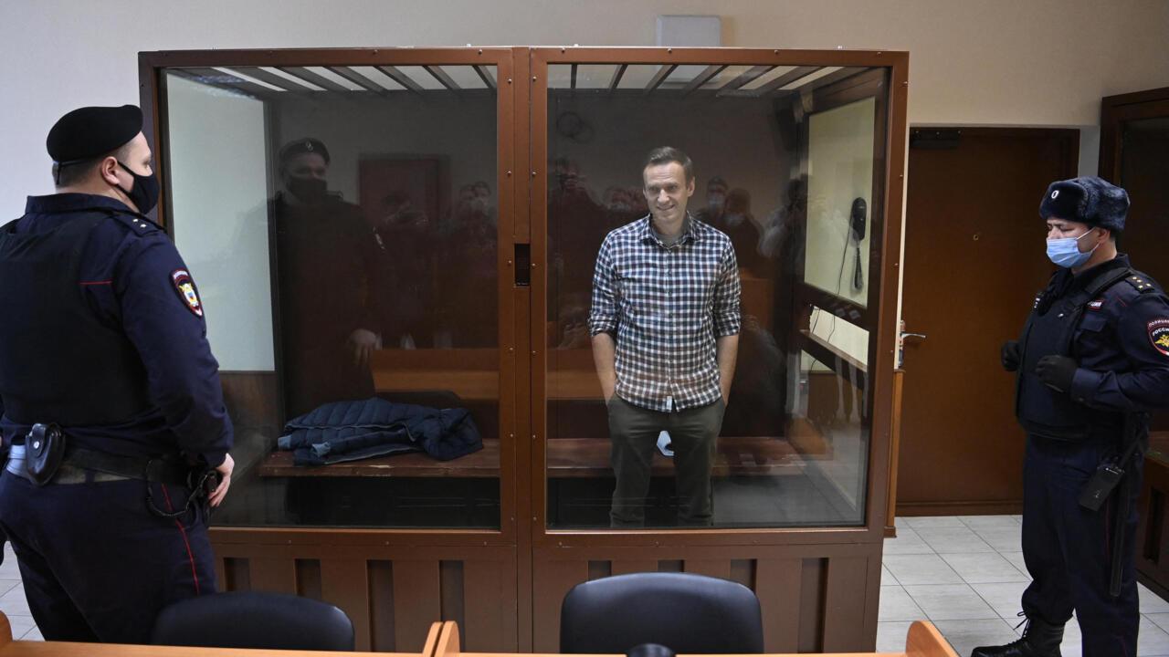 Russie : l'opposant Alexeï Navalny transféré de sa prison vers un lieu  inconnu