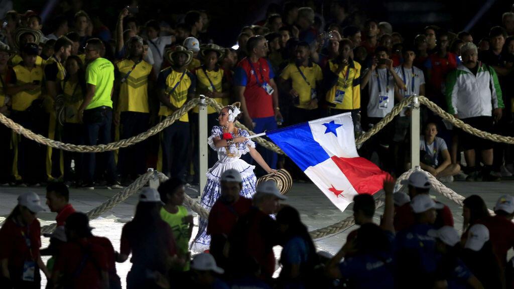 Yanidia Maure, la reina del Carnaval de Panamá, el país que será la sede de la próxima edición de los Juegos Centroamericanos y del Caribe participó en la ceremonia de clausura de Barranquilla 2018.
