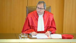 El presidente del Tribunal Constitucional alemán, Andreas Vosskuhle, toma la palabra antes del veredicto sobre el Banco Central Europe el 5 de mayo de 2020 en Karlsruhe