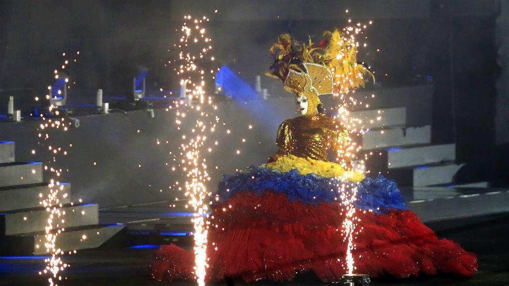 Coloridos disfraces hicieron parte de la muestra cultural durante la clausura de los XXIII Juegos Centroamericanos y del Caribe en Barranquilla, Colombia, el 3 de agosto de 2018.