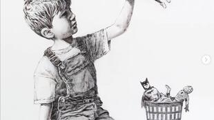 Intitulée 'Game Changer', la nouvelle œuvre que Banksy a confiée à l'hôpital de Southampton sera mise aux enchères au profit du système de santé britannique.