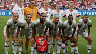 El equipo femenino de fútbol de Estados Unidos comenzó el proceso de apelación del fallo que desestimó su demanda de igualdad salarial.