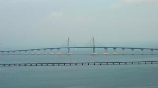 El puente Hong Kong-Zhuhai-Macao antes de su ceremonia de apertura el 23 de octubre, en Zhuhai, China, el 22 de octubre de 2018.