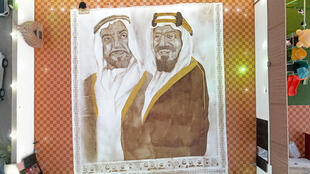 Almalki used approximately 4.5 kilogrammes of expired coffee granules to complete the painting
