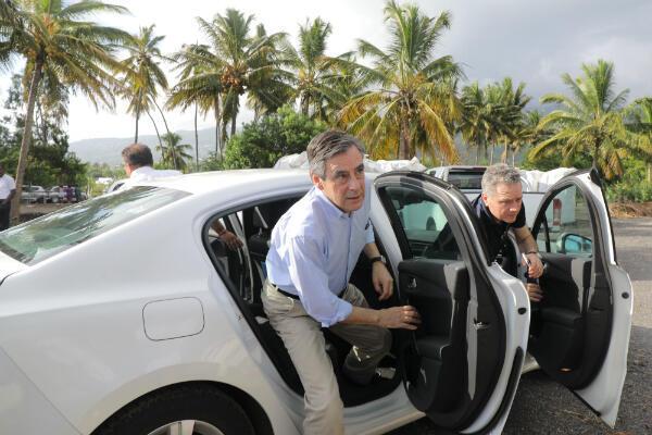 Le candidat LR à l'élection présidentielle, François Fillon, lors de son passage sur l'île de la Réunion, le 11 février 2017.