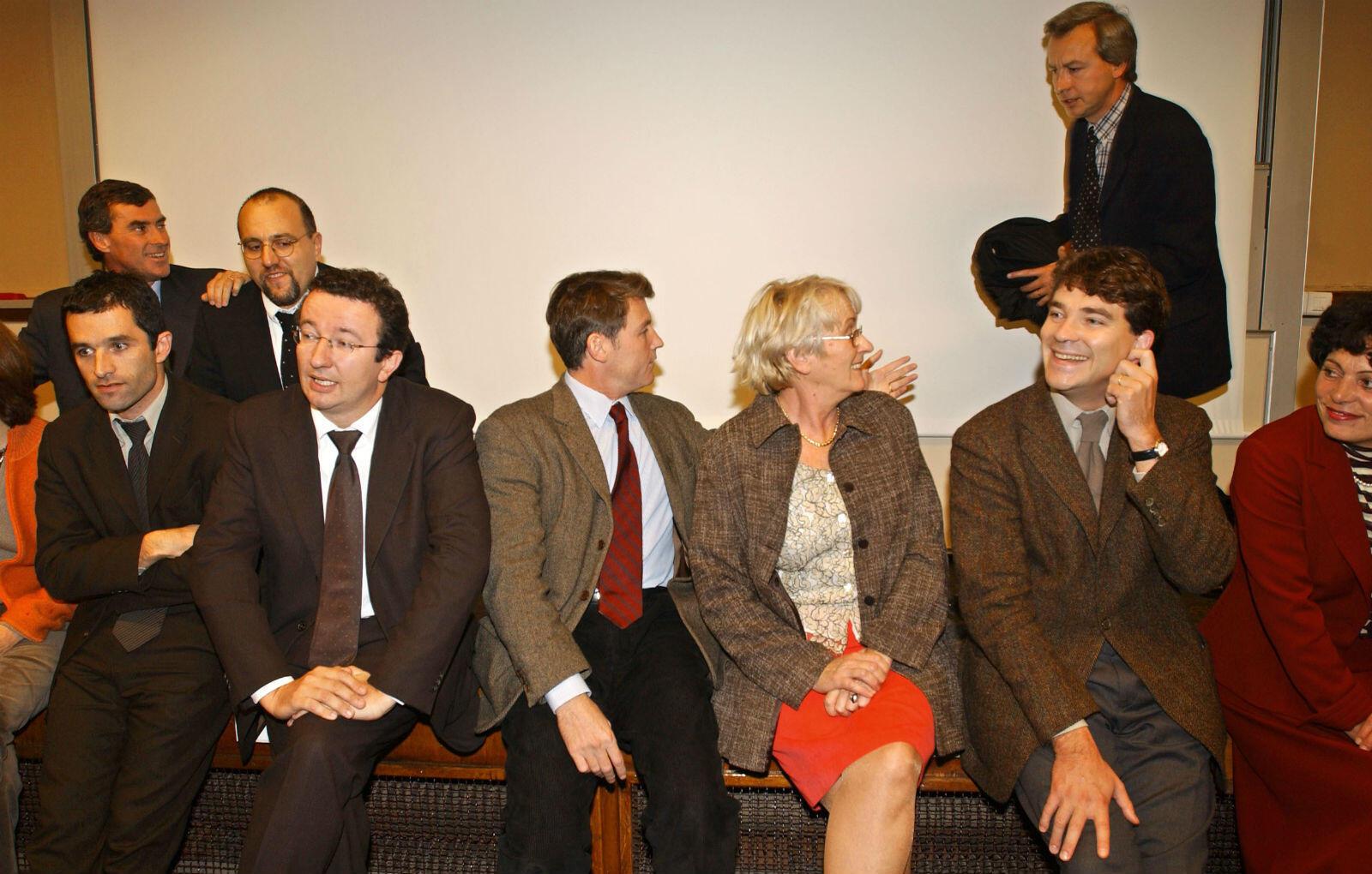 Octobre 2002. Militant socialiste de la première heure, Benoît Hamon n'a jusqu'ici jamais occupé les premiers rôles. Toujours présent au PS, mais souvent à la marge.