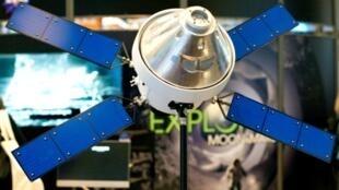 Une maquette de la capsule Orion exposée au 35e Space Symposium, le 9 avril 2019 à Colorado Springs