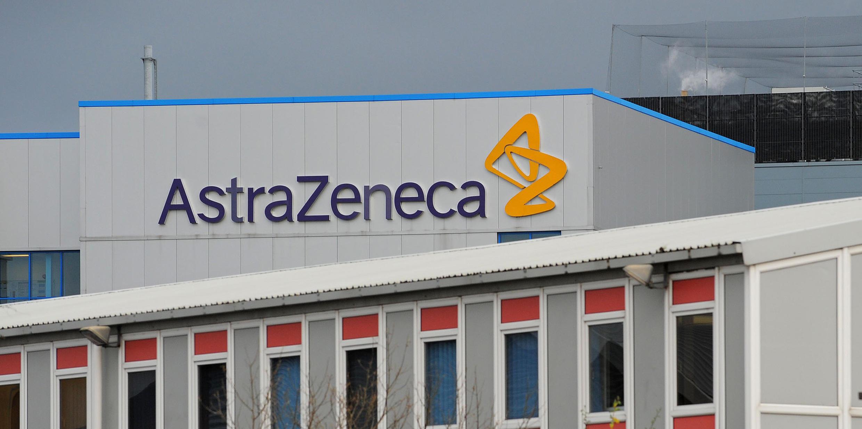 Vista de las instalaciones de AstraZeneca en Macclesfield, Inglaterra, Reino Unido.