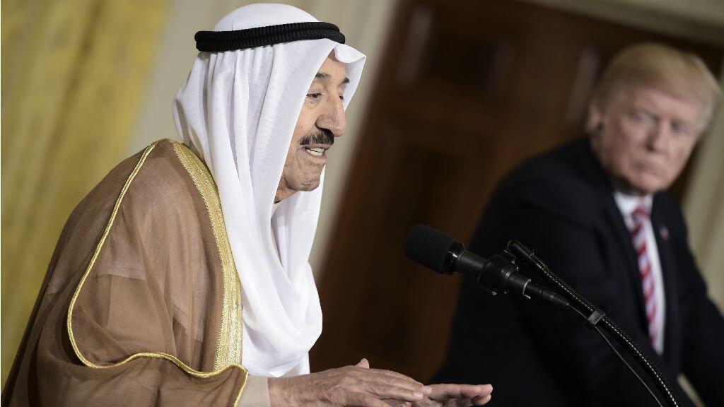 L'émir du Koweït, cheikh Sabah al-Ahmad Al-Sabah et le président américain Donald Trump le 7 septembre 2017 lors d'une conférence de presse commune à la Maison Blanche.
