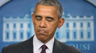 Visage fermé et mine fatiguée, le président américain a prononcé un discours jeudi 1er octobre.