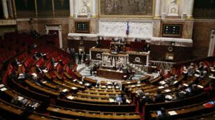 L'Assemblée nationale va adopter mardi, sans le soutien de l'opposition, la résolution socialiste sur la reconnaissance de l'Etat palestinien.