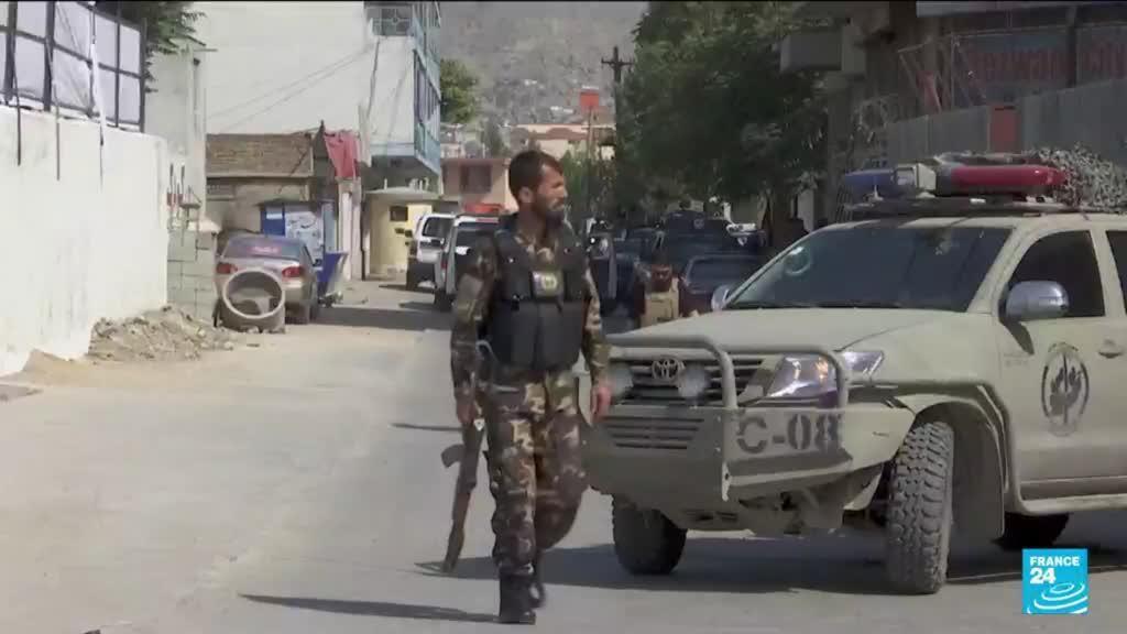 2021-08-06 18:01 Afghanistan : les Taliban prennent une capitale provinciale et tuent un responsable à Kaboul