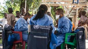 Une équipe de l'OMS à Mbandaka, dans l'ouest de la RDCongo, le 21 mai 2018.