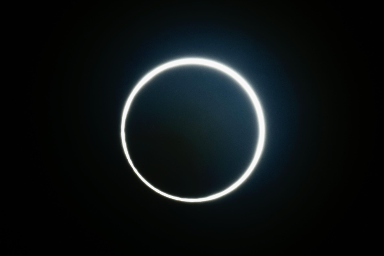 El eclipse solar del 21 de junio de 2020, visto desde el condado de Yunlin, en el centro de Taiwán