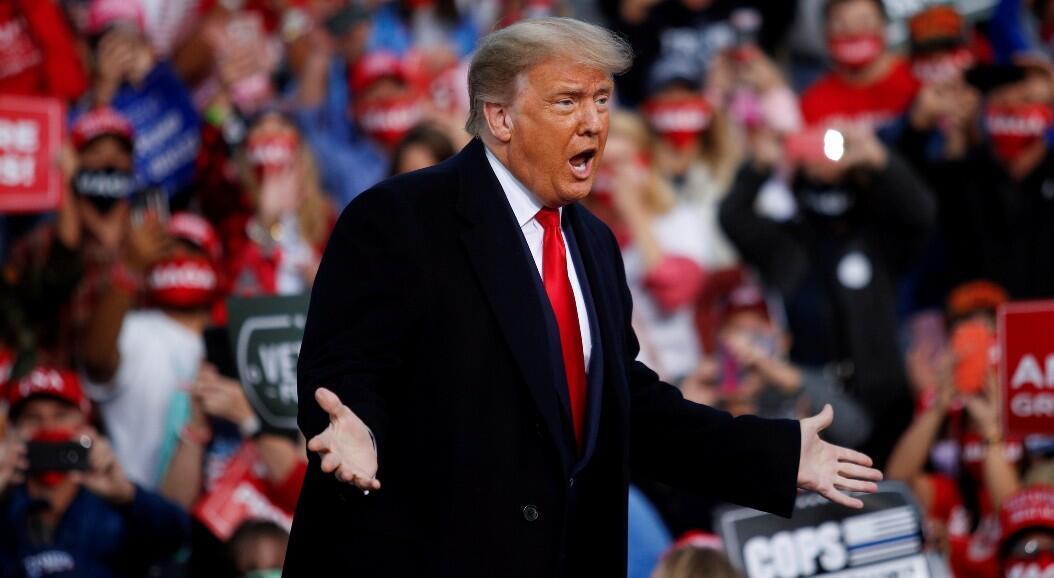 El presidente Donald Trump durante un mitin de campaña política, en  Fayetteville, Carolina del Norte, Estados Unidos, el 19 de septiembre de 2020.