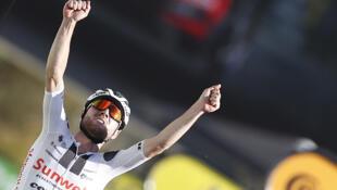 Le Suisse Marc Hirschi (Sunweb), vainqueur de la 12e étape du Tour de France, le 10 septembre 2020 à Sarran