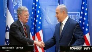 نتانياهو ومستشار البيت الأبيض للأمن القومي جون بولتون في القدس، 20 آب/أغسطس 2018.