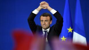 Emmanuel Macron est arrivé en tête du premier tour dimanche avec 24,01 % des voix.