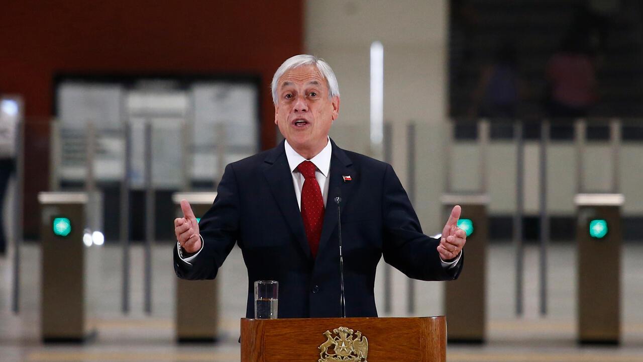 El presidente de Chile, Sebastián Piñera, pronuncia un discurso durante la inauguración de la Línea 3 del Metro de Santiago, en Santiago, el 22 de enero de 2019.