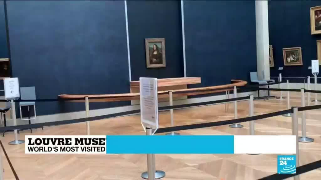 2020-07-06 12:09 Smiles all round as Mona Lisa, Louvre reopen to public
