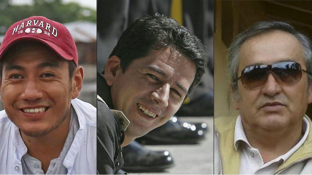 El periodista Javier Ortega, el fotógrafo Paúl Rivas y el chofer Efraín Segarra, del diario El Comercio de Ecuador, secuestrados y asesinados por un grupo disidente de las Farc.