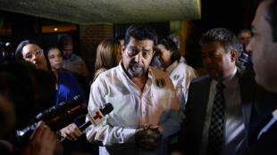 L'opposant Edgar Zambrano s'est exprimé devant la presse dès sa sortie de prison, le 17septembre2019.