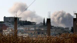Les affrontements entre les forces du régime et celles dirigées par le groupe jihadiste Hayat Tahrir al-Cham(HTS) ont fait au moins 120morts depuis mercredi10juillet.