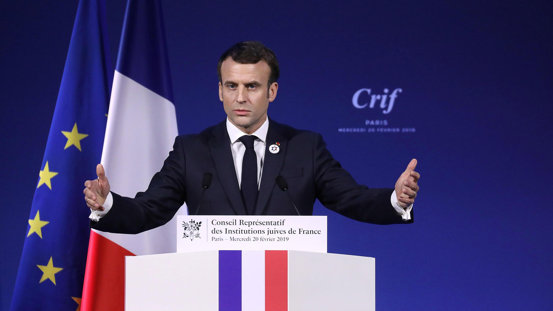 El presidente francés, Emmanuel Macron, habla durante la 34ª cena anual del Consejo Representativo de Instituciones Judías de Francia en París, el 20 de febrero de 2019.