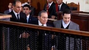 الرئيس الأسبق حسني مبارك في محكمة الجنايات بمعهد أمناء الشرطة بالقاهرة - 26 ديسمبر 2018