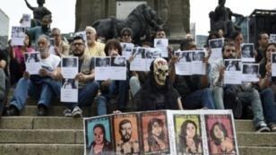 صحافيون ينددون بالعنف الذي يستهدف الصحافيين بالذكرى 30 لمقتل الصحافي مانويل بويندا، مكسيكو  30 مايو 2017