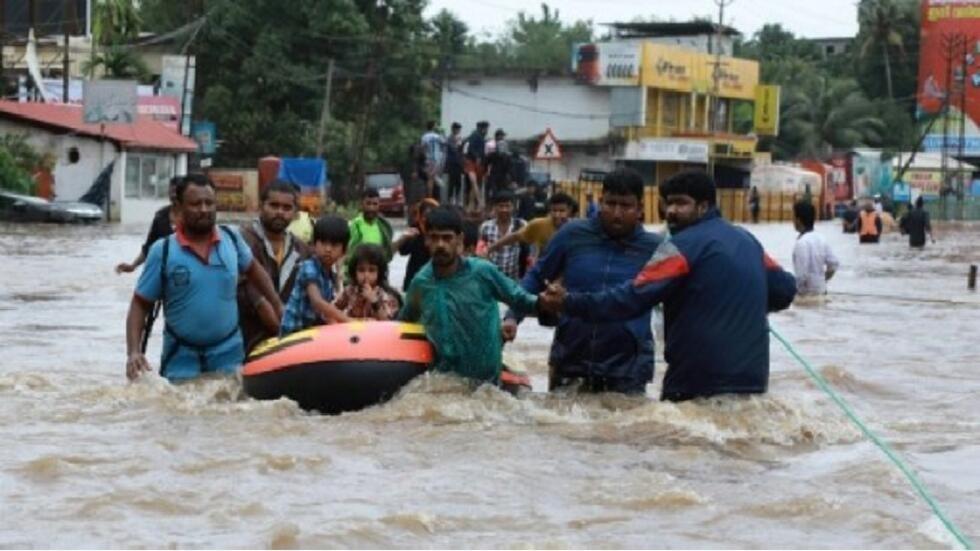 """Image result for 25 قتيلاً ضحايا الأمطار الغزيرة والفيضانات في الهند"""""""