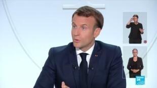 """2020-10-14 19:55 REPLAY - """"Nous sommes dans cette deuxième vague"""" de Covid-19 estime Emmanuel Macron"""