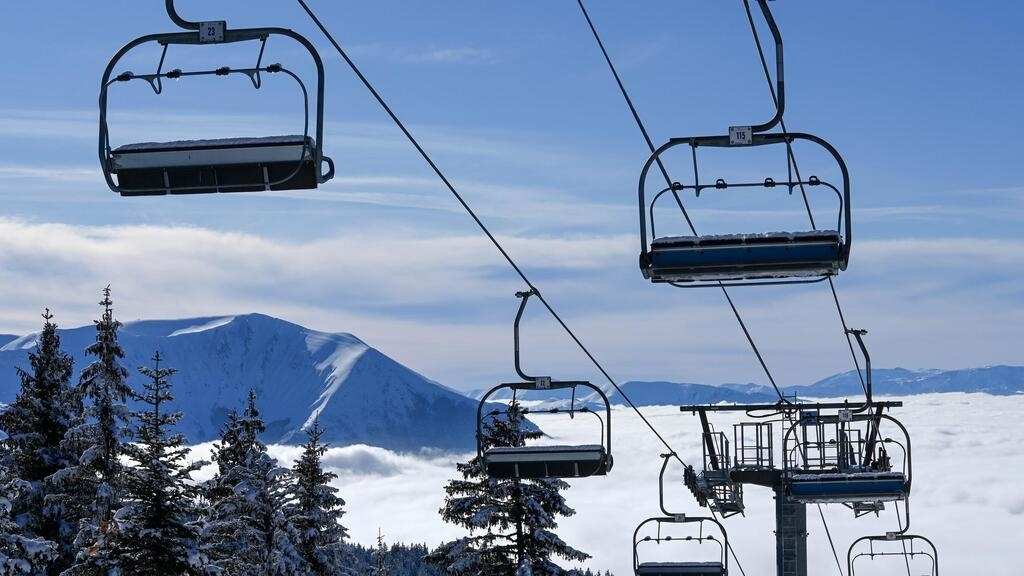 France to keep ski lifts shut due to Covid-19, in blow to winter sports tourism