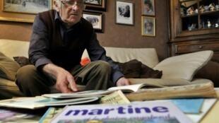 """Le dessinateur Marcel Marlier, le père de """"Martine"""", à Tournay, en Belgique, le 16 novembre 2010, quelques mois avant sa mort"""