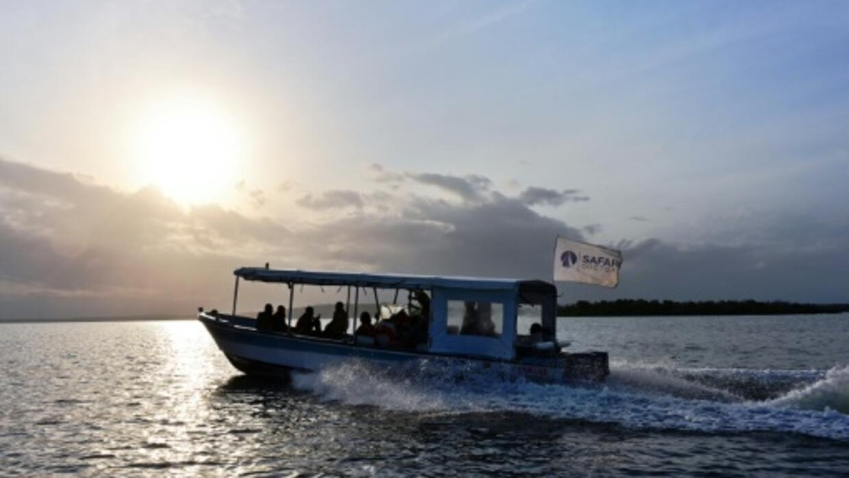Forsaken in terror war, Kenyan islands await doctors by boat
