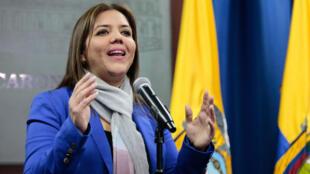 María Alejandra Vicuña, actual ministra de Desarrollo Urbano y Vivienda de Ecuador, ofrece declaraciones a la prensa en el Palacio de Gobierno luego de ser designada como vicepresidenta del país el miércoles 4 de octubre de 2017, en Quito (Ecuador)