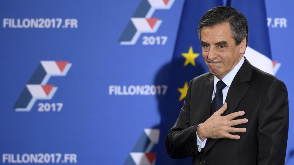 François Fillon, dimanche 27 novembre 2016 à la Maison de la chimie à Paris, après son discours de victoire à la primaire de la droite et du centre.