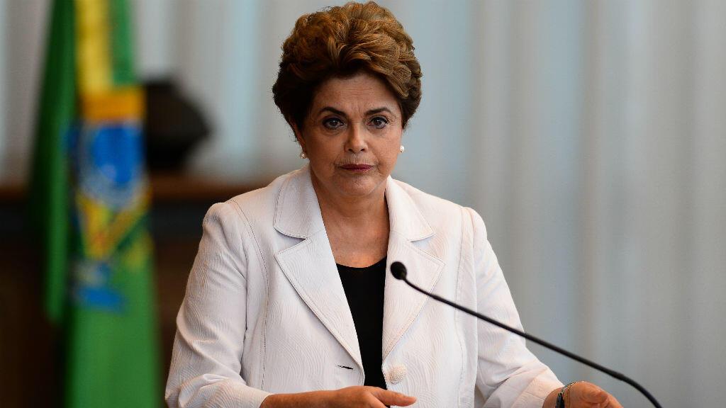 Dilma Rousseff a lu mardi 16 août 2016 à la population et aux sénateurs une lettre dans laquelle elle a clamé son innocence dans le cadre de la procédure de destitution la visant pour de présumés maquillages de comptes publics.