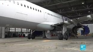 2020-07-02 15:12 France stocks airplanes as companies lack room with air travel fall