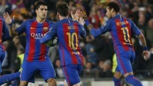 تأهل تاريخي لبرشلونة وخروج مرير لباريس سان جرمان