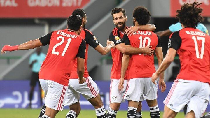 لاعبو المنتخب المصري خلال المباراة أمام غانا