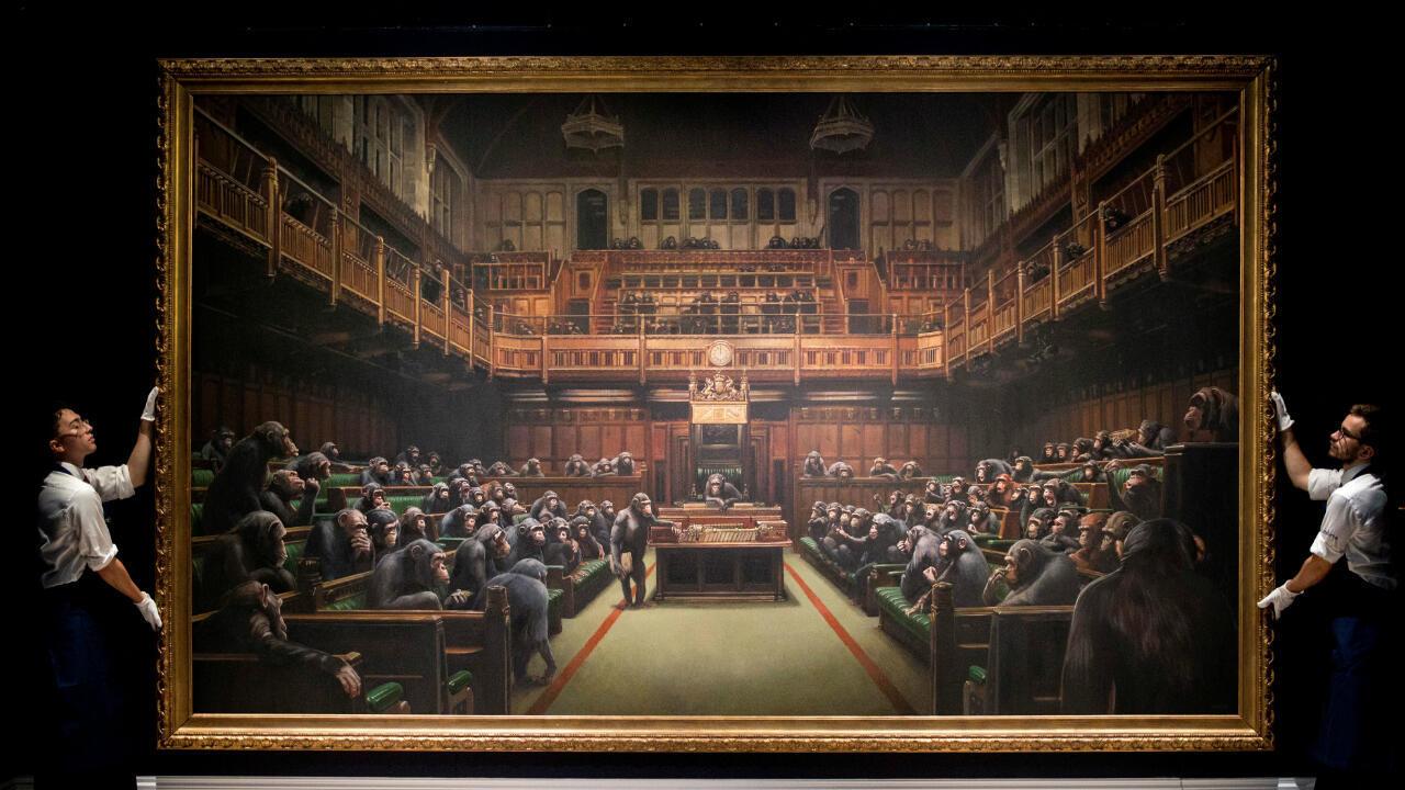 La toile de Banksy représentant le Parlement britannique peuplé de singes.