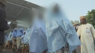 Nigeria: libération de près de 300 adolescentes enlevées vendredi