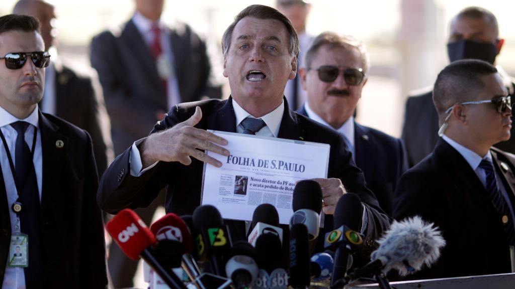 El presidente de Brasil, Jair Bolsonaro, obtuvo un 43% de rechazo a su gestión, según un sondeo del grupo Folha.