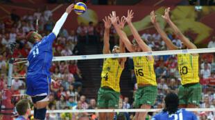 L'équipe de France de volley affrontait le Brésil en demi-finales du Mondial.