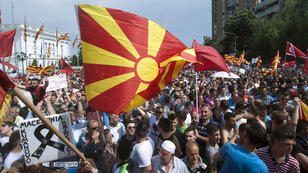 Des milliers de personnes étaient réunies dans les rues de Skopje pour demander la démission du gouvernement macédonien.
