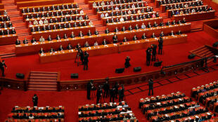 2020-05-28T075241Z_148961312_RC2JXG9S2CHH_RTRMADP_3_CHINA-PARLIAMENT