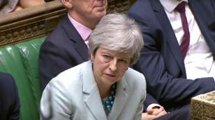 Captura de video de la primera ministra británica, Theresa May, en el Parlamento en Londres, Reino Unido, el 25 de marzo de 2019.