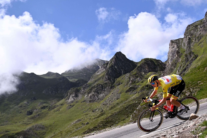 Le Slovène Tadej Pogacar lors de la 18e étape du Tour de France, entre Pau et Luz Ardiden, le 15 juillet 2021